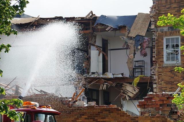 Tragende Wände sichern die Stabilität der Immobilie und sollten keinesfalls blind entfernt werden.